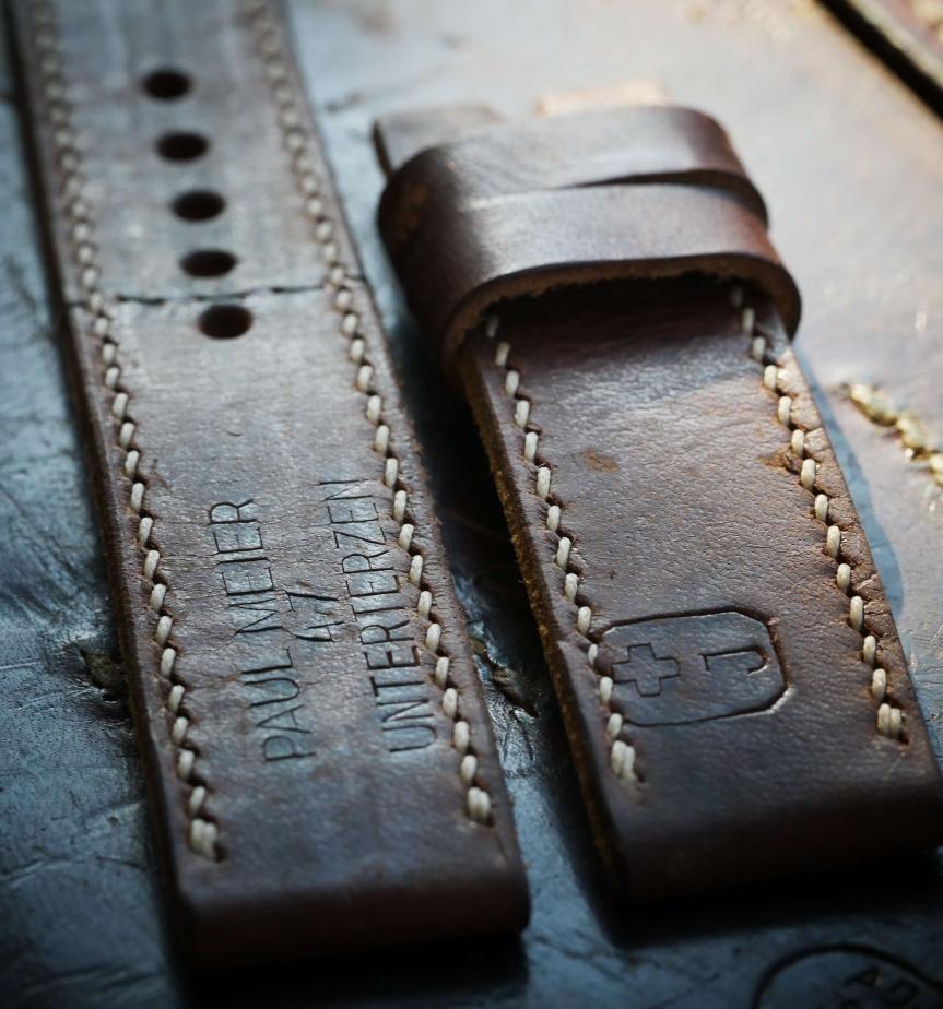 Handmade Uhrenbänder by                         CH VintageStraps